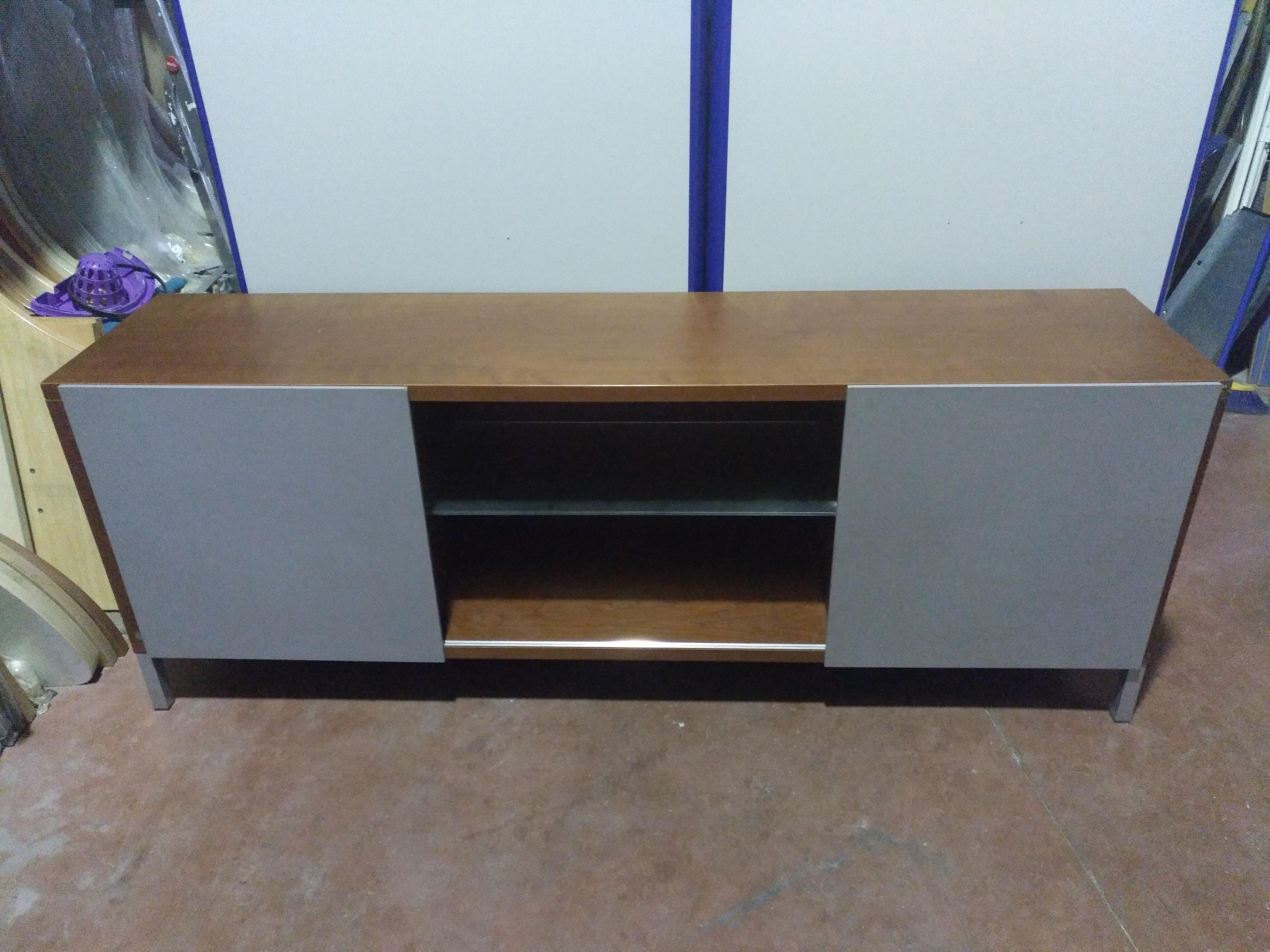 Credenza Con Puertas De Cristal : Armario credenza mobiliario de oficina nuevo y usado en madrid
